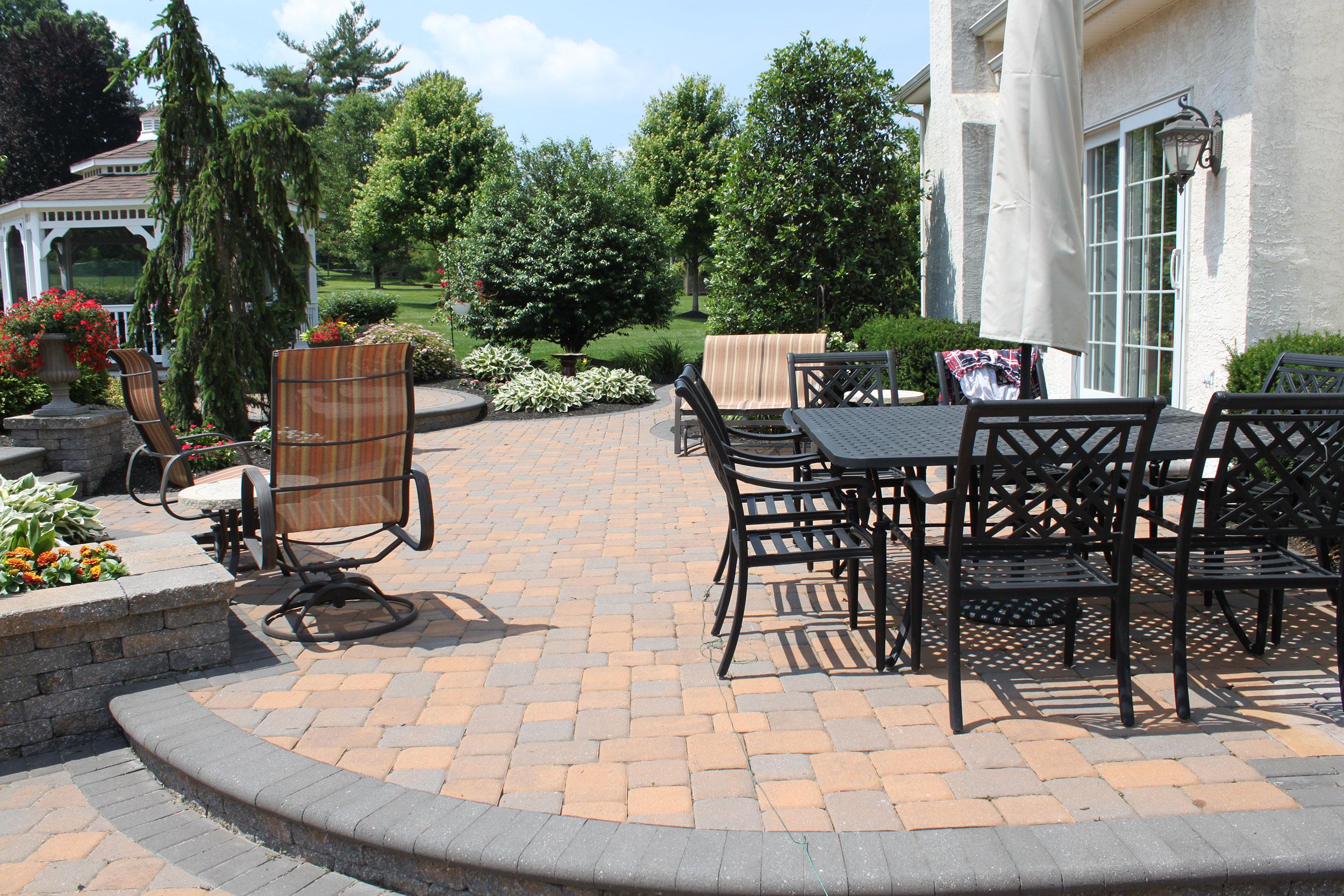 ep-henry-sandlewood-patio