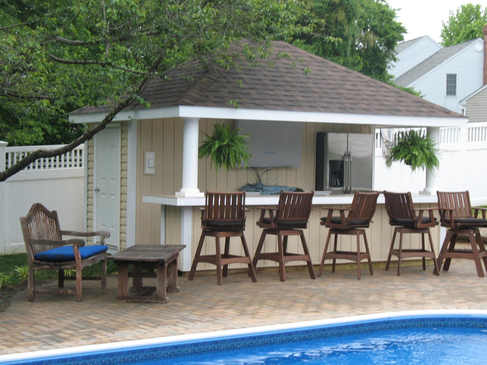 Custom Pool Houses RR Caddick Landscape Design
