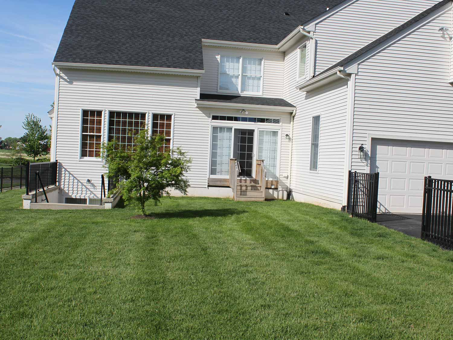 Before photo - R&R Caddick Landscape Design