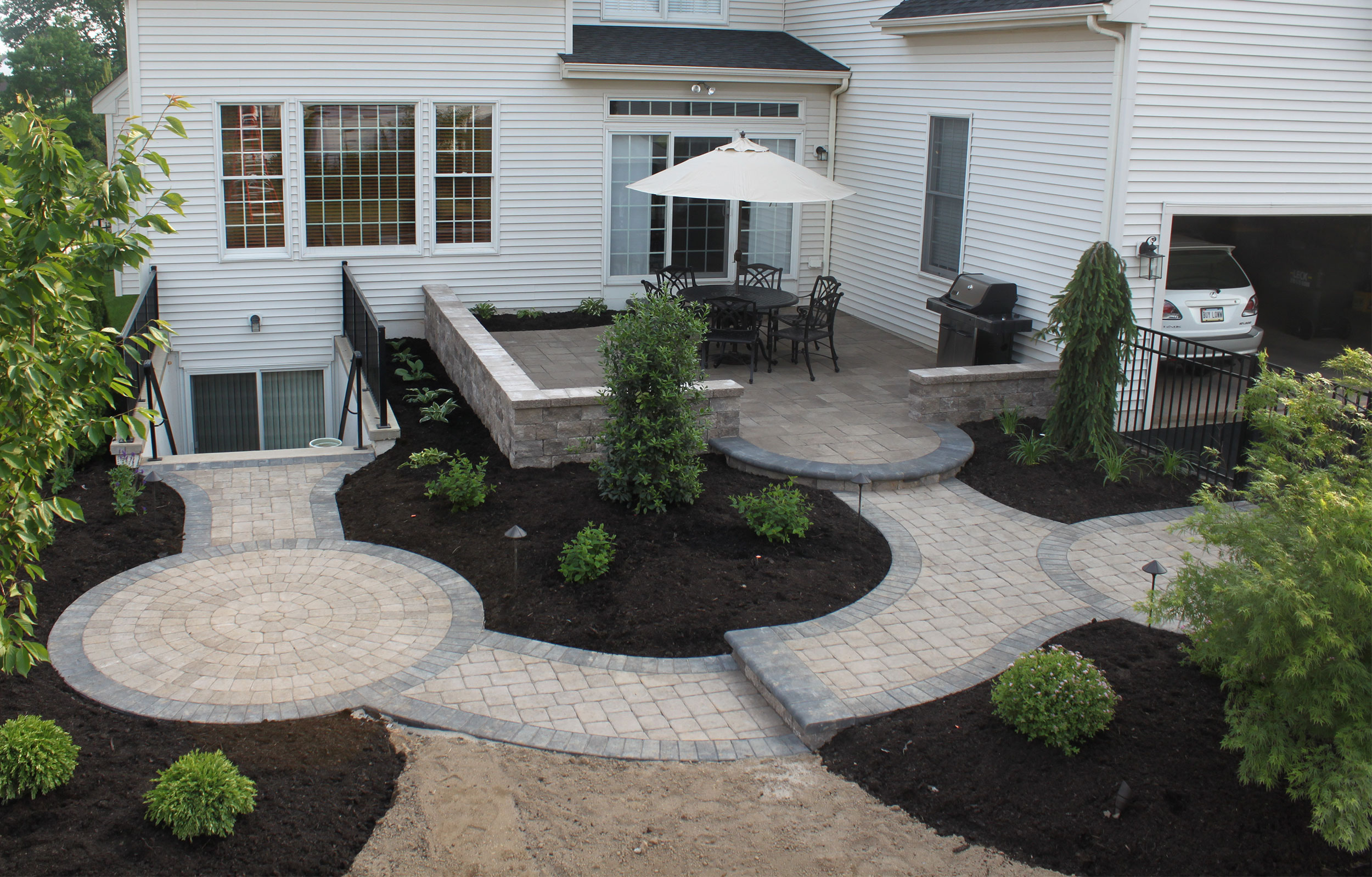 Furlong Pa Small Patio | R&R Caddick Landscape Design on Small Brick Patio Ideas id=59216