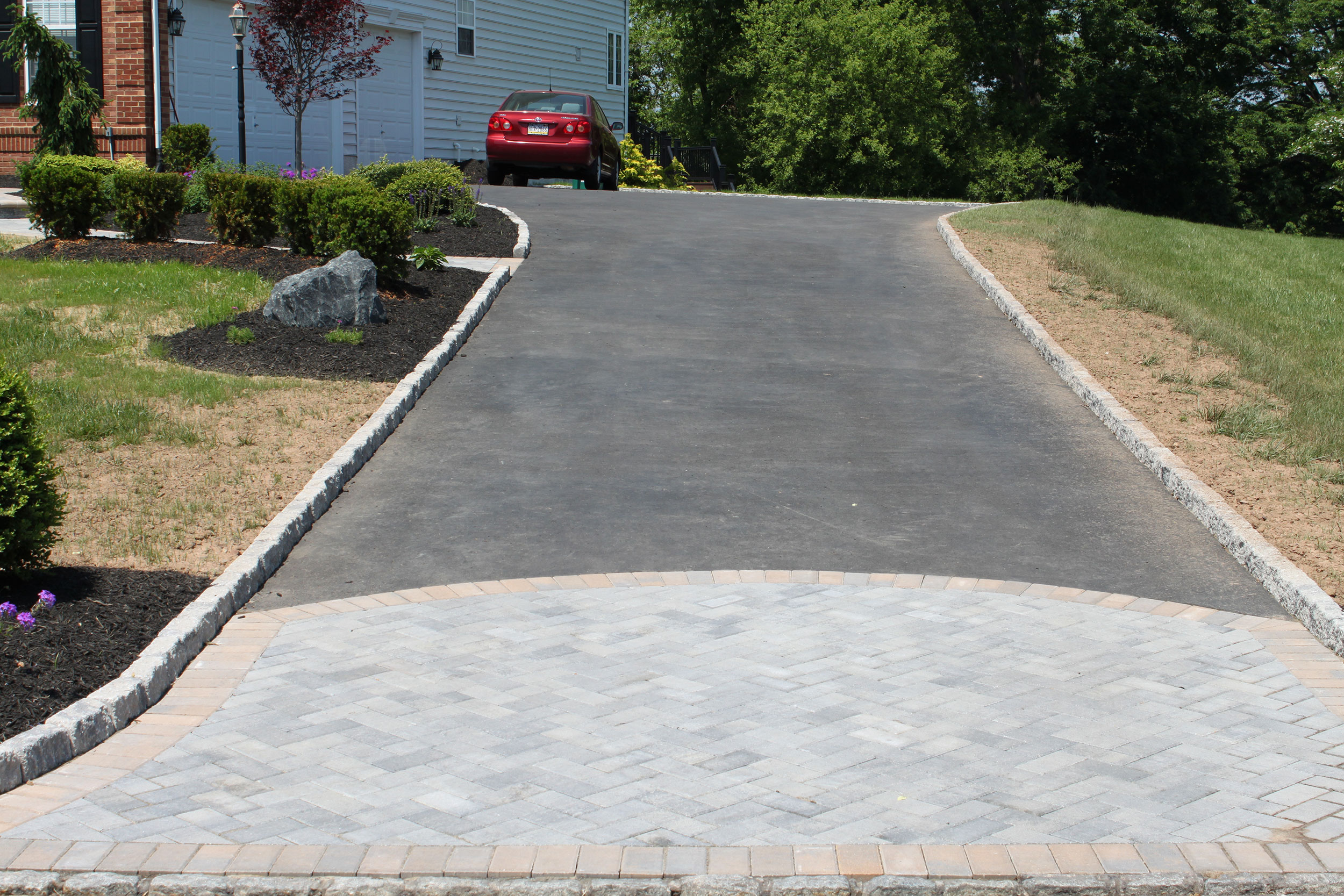 paver-driveway-rr-caddick-design