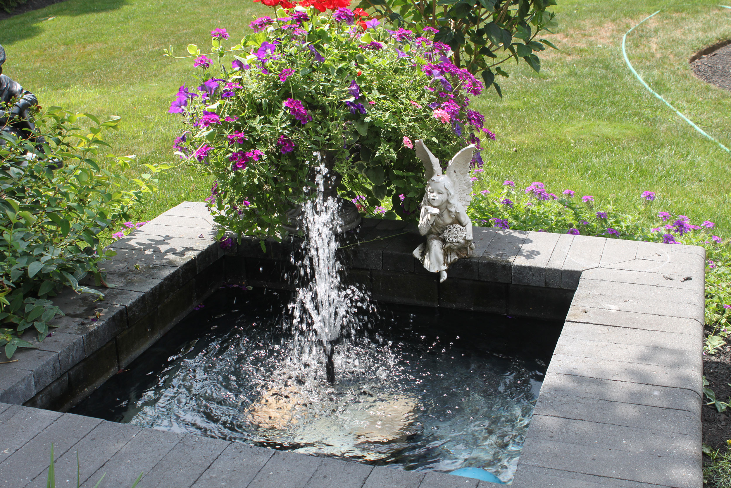 Bullnose Water Fountain